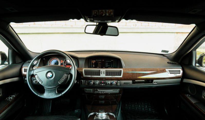 BMW 730 full